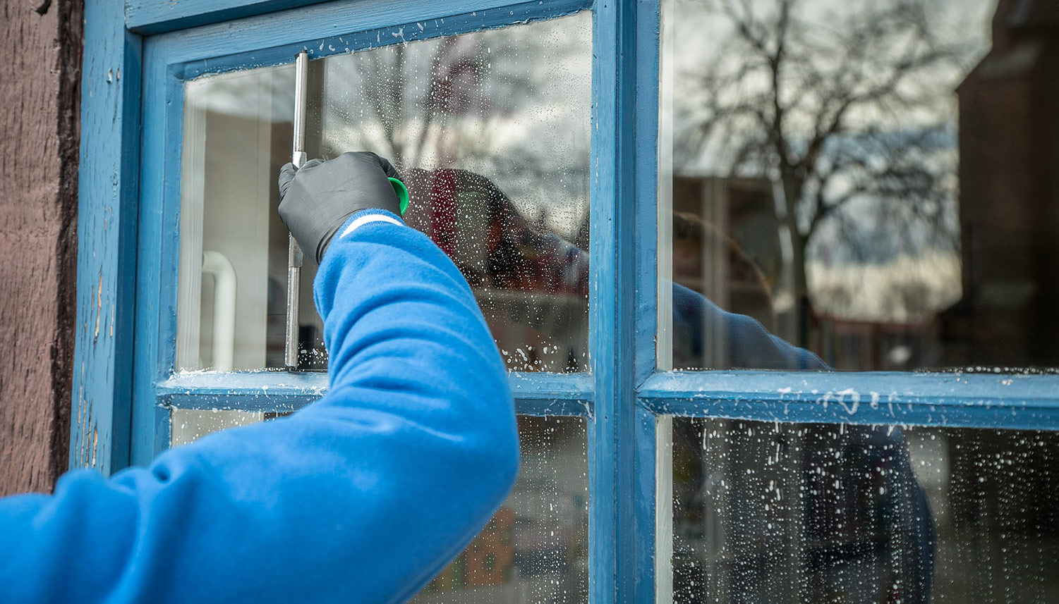 Commercial & Domestic Window Cleaning